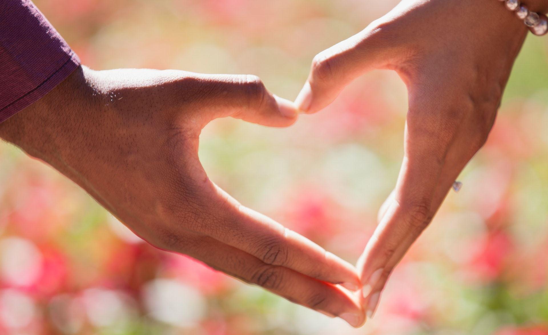זוגיות מאושרת לאחר אימון אישי לזוגיות